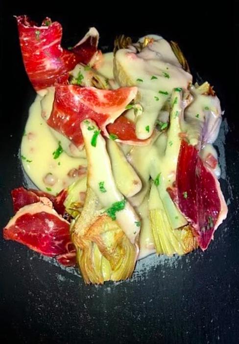 Receta de alcachofas confitadas con Velouté de Jamón de Cebo Ibérico 50%
